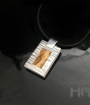 HEIN VAN DEN BOSCH DESIGN- Hanger Clarinet